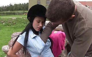 Brunette teen Angelica gets bitchy outdoors